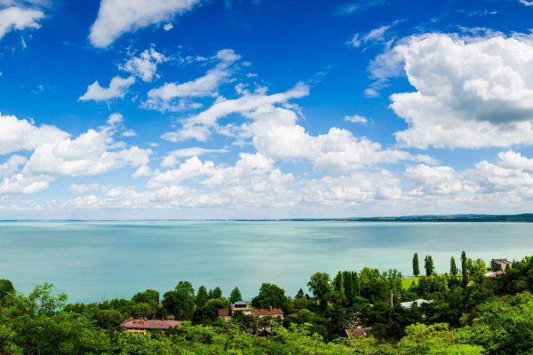 HUNGARIAN SEA – BALATON